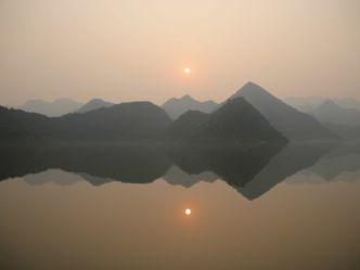 Wildes Indochina - Vietnam: Phoenix aus der Asche